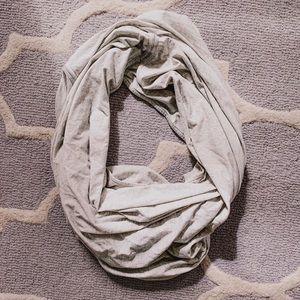 Lululemon infinity scarf/Shaw